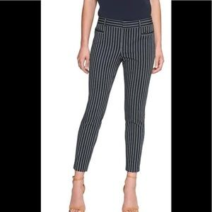 Striped pants by Banana Republic brand🌹😍